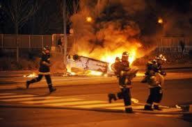 Toulouse : 2 pompiers blessés par des