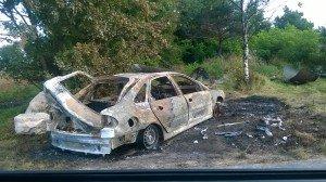 voiture brûlée Mer_1