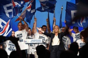 2048x1536-fit_french-far-right-front-national-party-s-president-marine-le-pen-c-gestures-at-supporters-at-the-end
